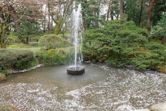 兼六園の噴水が日本最古
