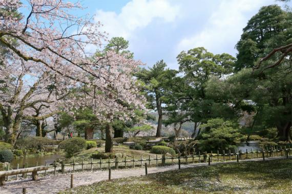 兼六園は日本三名園の1つ
