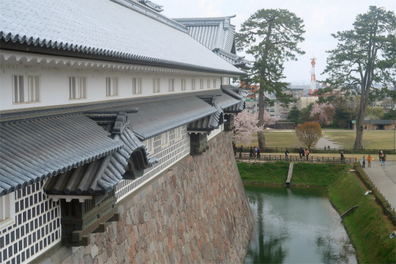 金沢城の城壁攻め難い