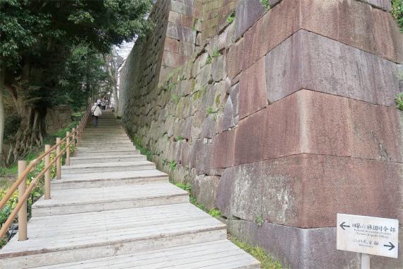 金沢城巨大石垣