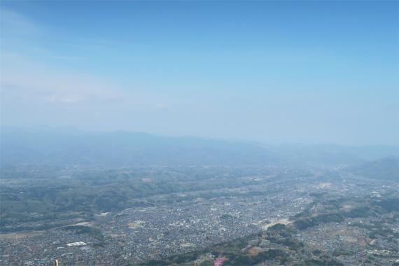武甲山の山頂からの奥武蔵の景色