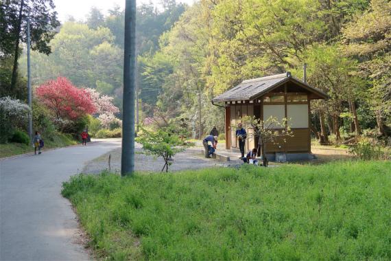 官ノ倉山登山口の手前にあるトイレ
