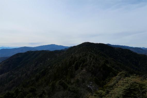 目指す唐松尾山