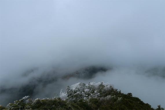 天気が良いと木賊山の景色