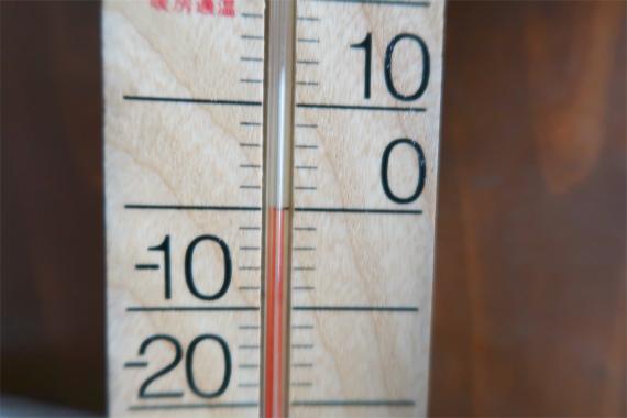 破風山避難小屋の内部の気温