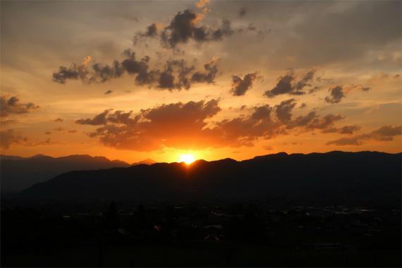 南アルプスの夕日の時間