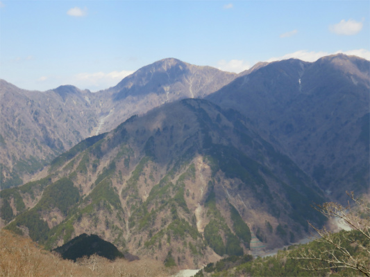 鍋割山景色