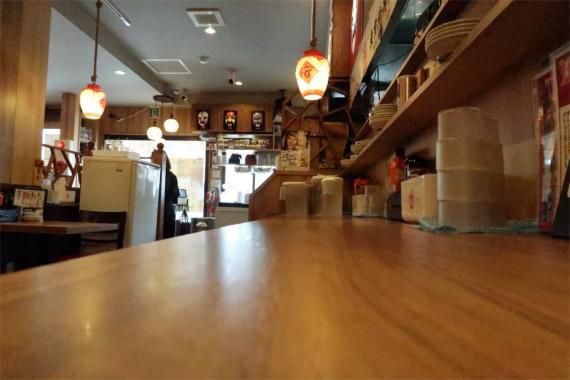 東京情熱餃子桜木町本店の内部の様子