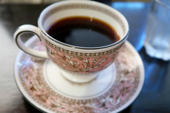 ホットコーヒーも上品