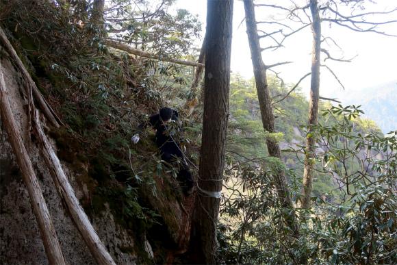 要注意の急斜面トラバース