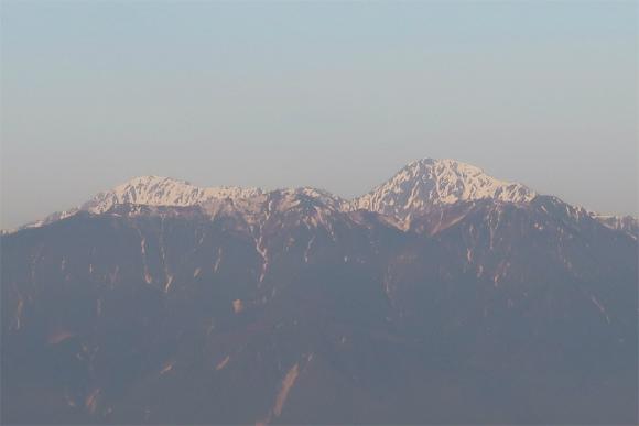 鳳凰三山、奥が北岳、左が間ノ岳