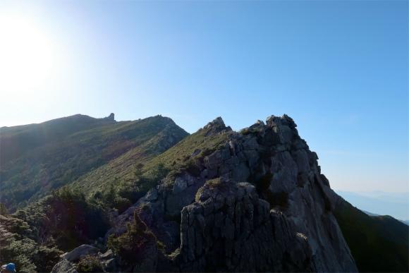 金峰山への登山ルート五丈石、金峰山景色