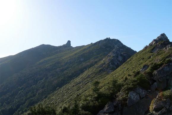 五丈石、金峰山の稜線