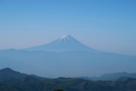 金峰山から見る富士山が美しく