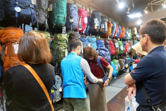Mt.石井スポーツも、登山道ザックの品揃えが豊富