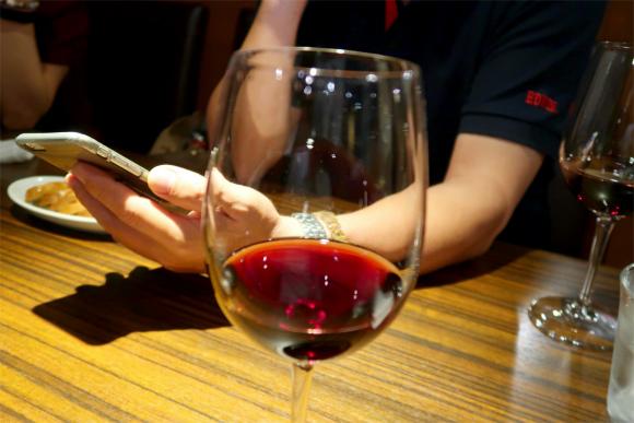 オフ会2次会ワイン