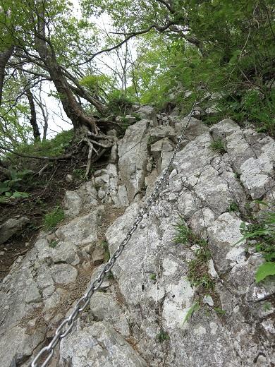 蛭ヶ岳の鎖場臼ヶ岳方面