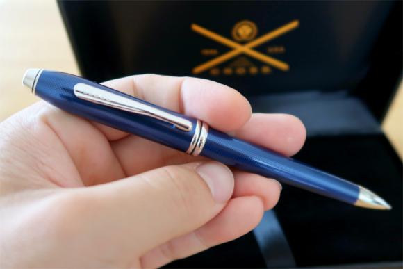 ボールペン綺麗なブルー