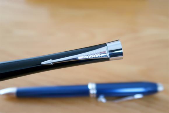 パーカーのボールペンの代名詞クリップの矢羽根