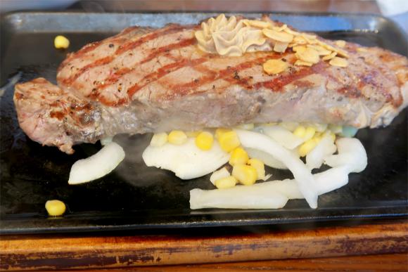 いきなりステーキのアンガス牛ステーキ