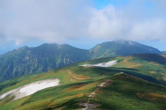 大日岳への稜線