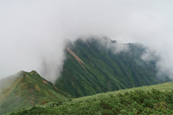 飯豊連峰は虫が多い山域