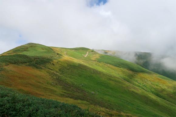 下山を始めると天気が回復