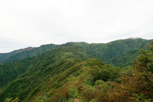語らいの丘周辺から振り返っての切合小屋