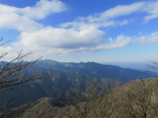 丹沢山と丹沢三峰風景