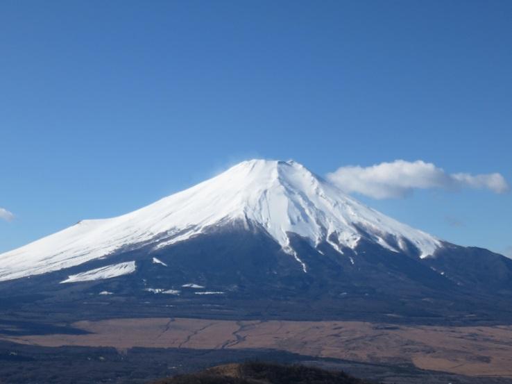 石割山の山頂周辺からの富士山・小富士絶景