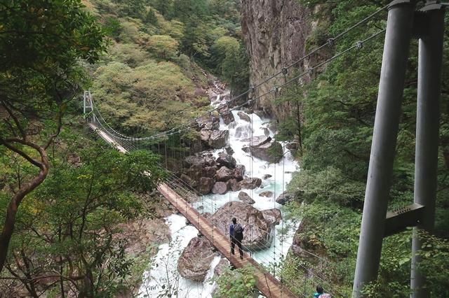 ニコニコ滝周辺の様子