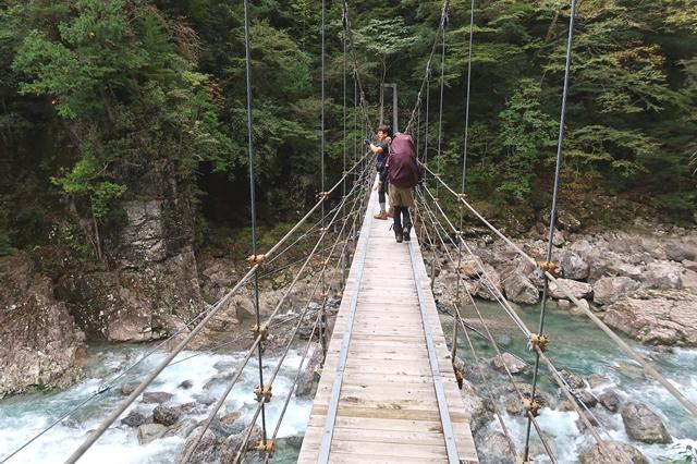 高度感のある吊橋