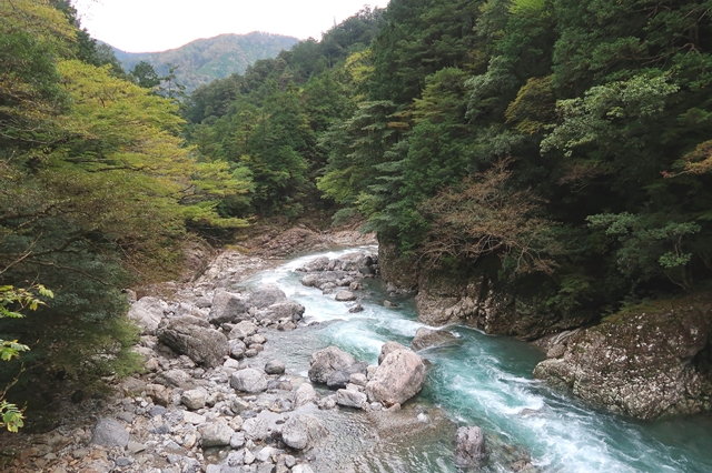 七ツ釜滝の落ち口