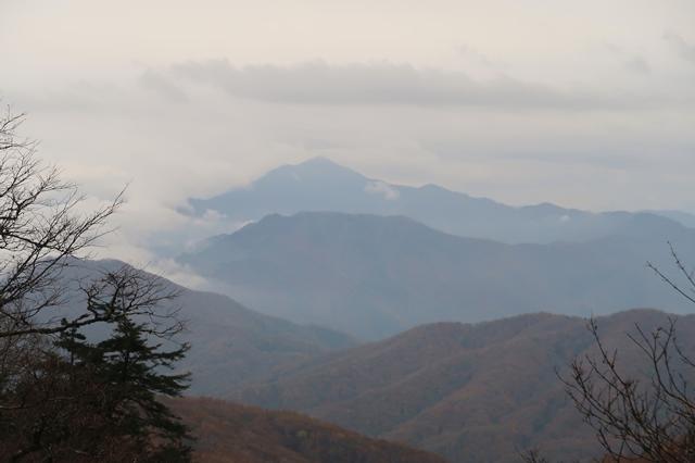水干からの大菩薩嶺の景色