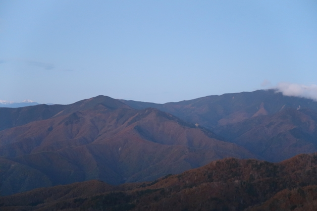 奥秩父北奥千丈岳と黒金山