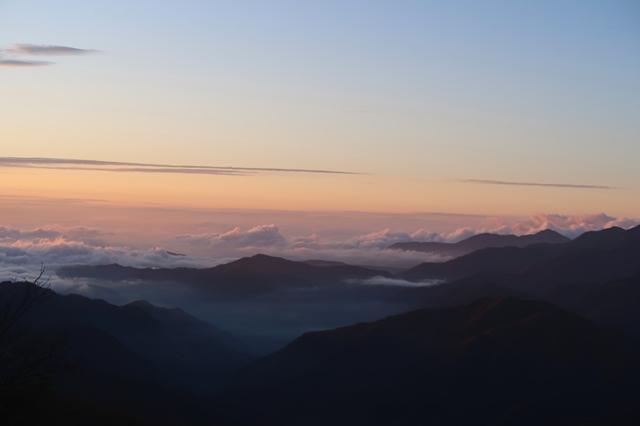 笠取山展望も良くお勧めの山