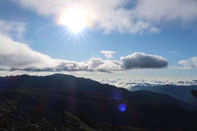 唐松尾山への稜線