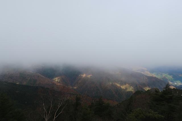 唐松尾山の北側景色