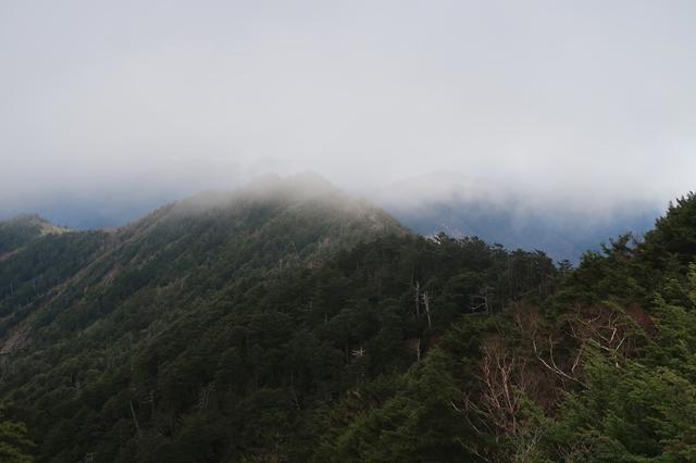 西御殿岩遠望の景色