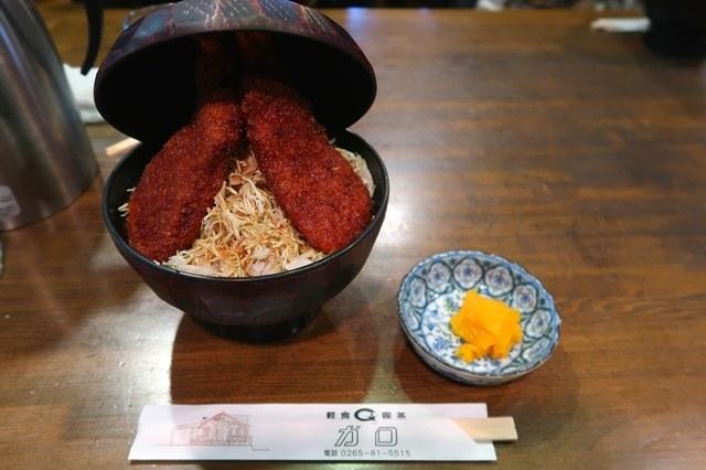 駒ヶ根名物のソースカツ丼