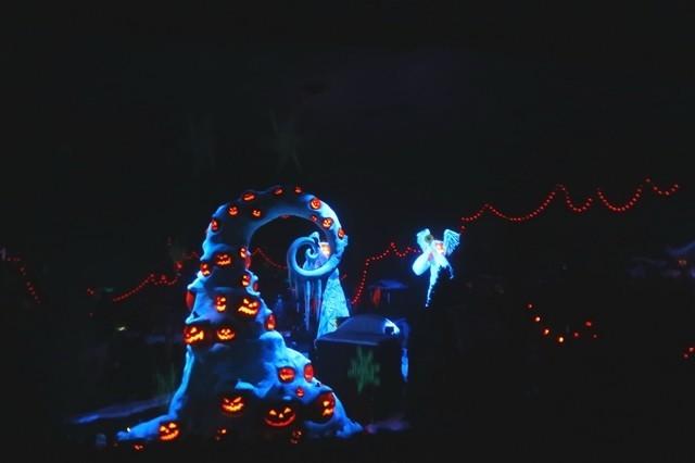 ホーンテッドマンションの中に妖精