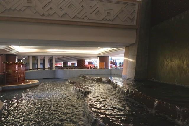 グランカフェの周辺噴水