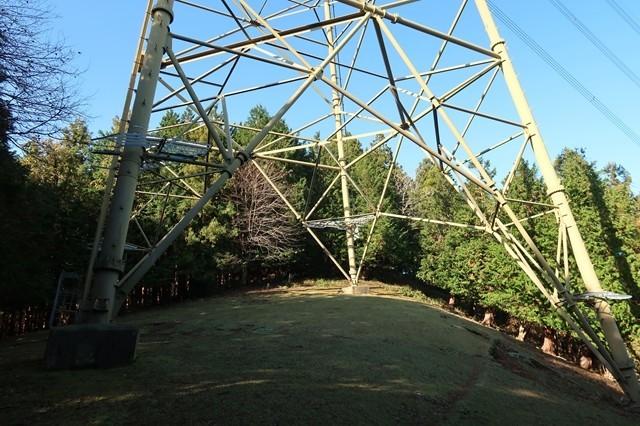 タロベエ峰鉄塔