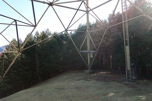 タロベエ峰鉄塔から撮った栂立尾根入口方面