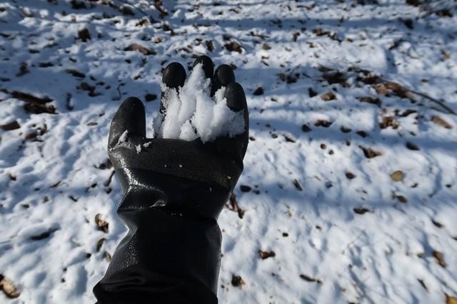雪山でテムレスブラック使用
