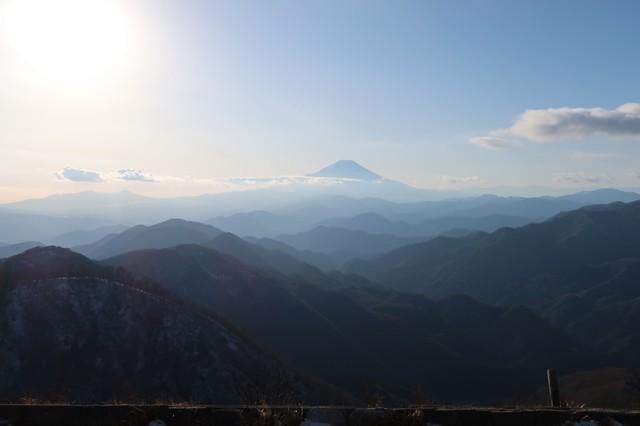 丹沢からの富士山の景色