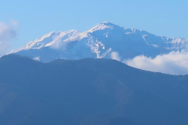 中之倉峠西側方面南アルプス景色