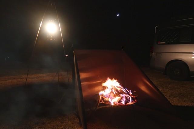 キャンプの醍醐味焚火