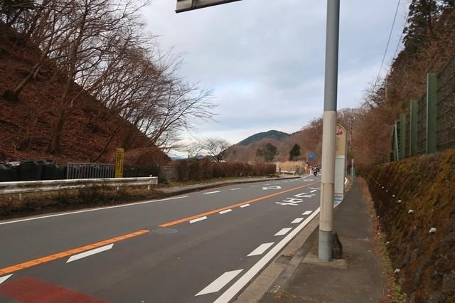 土山峠バス停