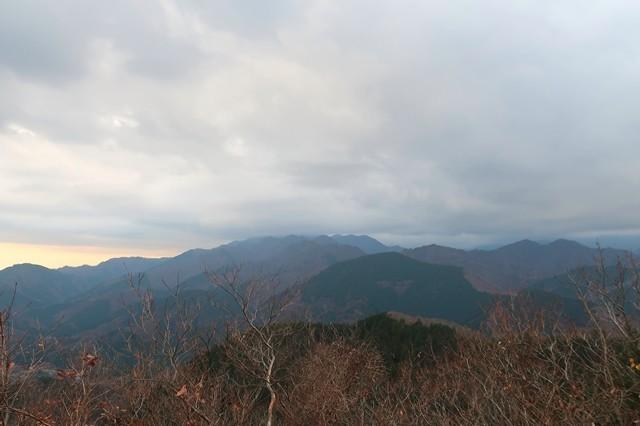 大山・大山三峰山・辺室山相州アルプス景色